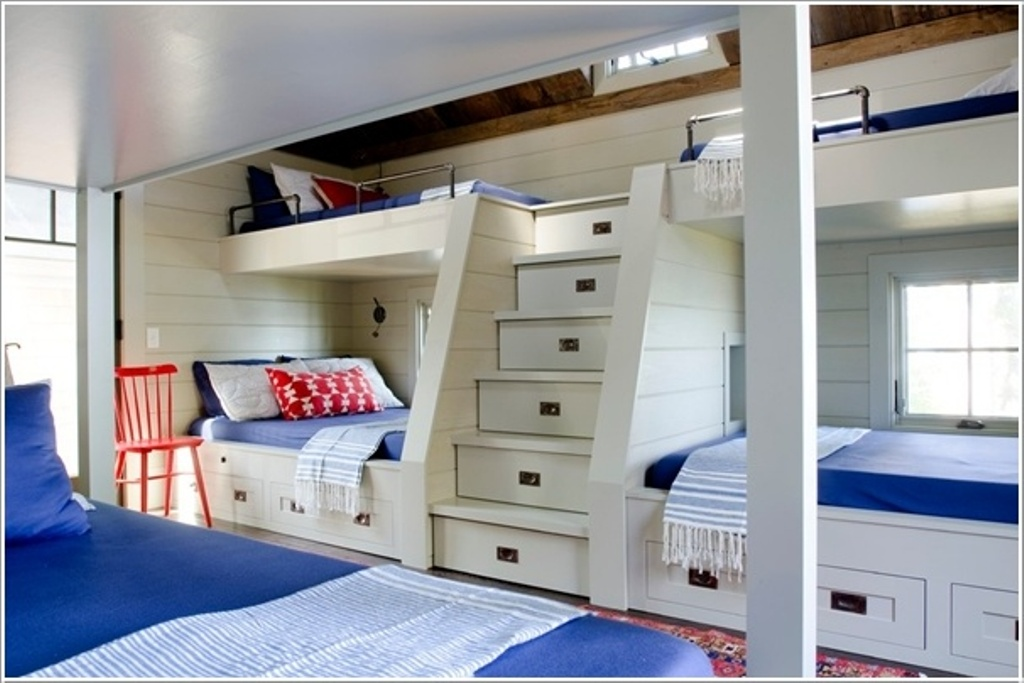 Image of: Built In Bunk Beds Images