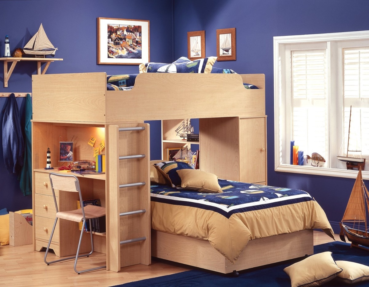 Image of: Bunk Beds With Stairs And Desk Design