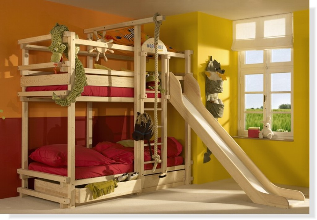 Image of: Bunk Beds With Stairs And Slide