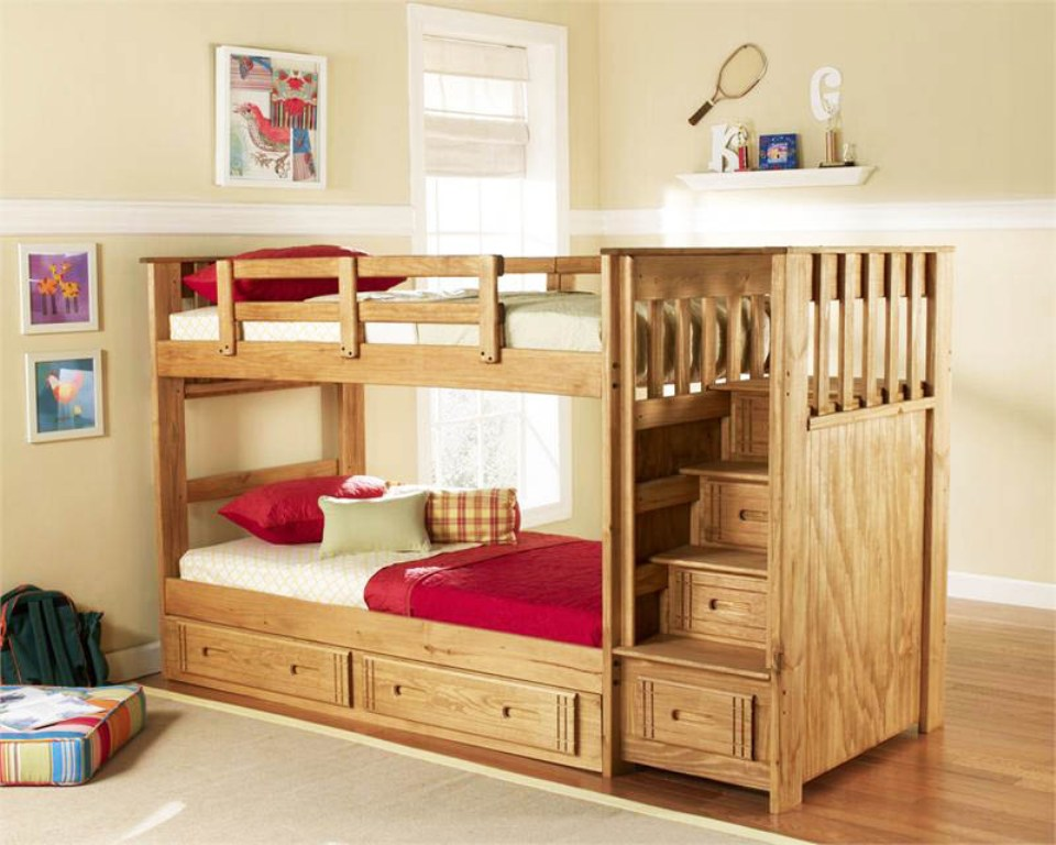 Image of: Bunk Beds for Kids with Stairs And Beyond
