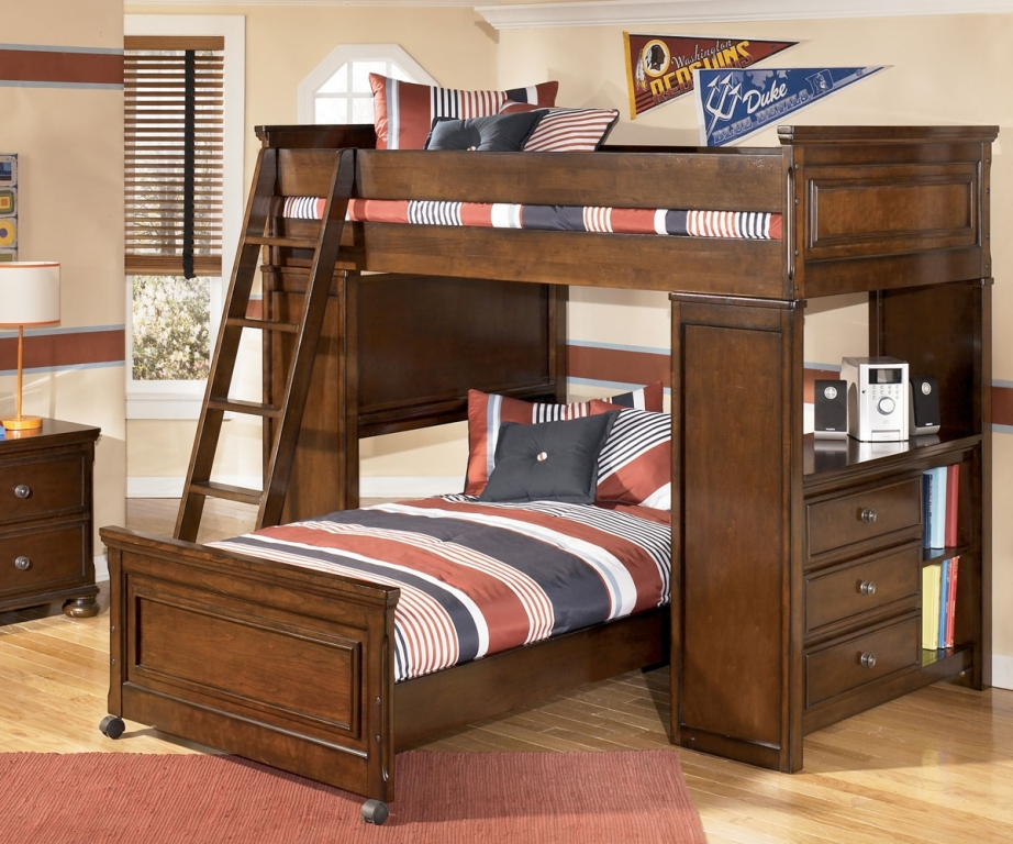 Image of: Classic Lofted Beds