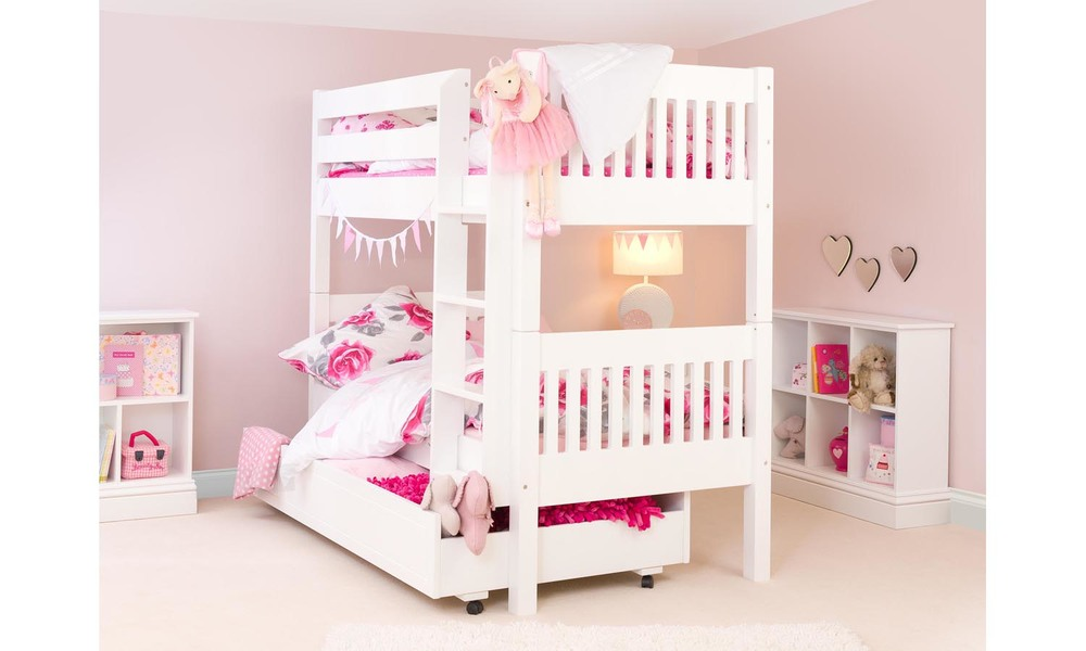 Image of: Girls Bunk Beds White