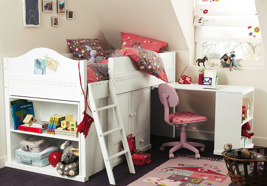 Image of: Loft Beds for Girls and Desk