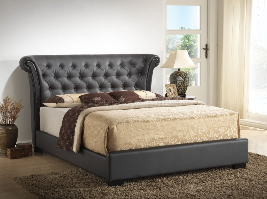 Image of: Twin Upholstered Bed with Trundle