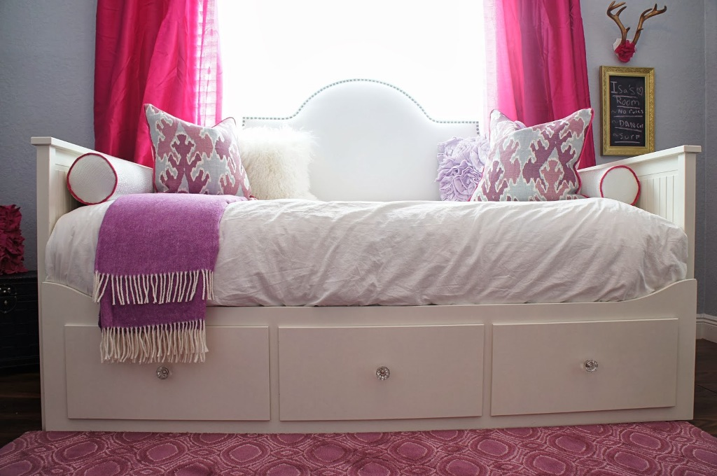 Image of: Upholstered Twin Bed Headboards