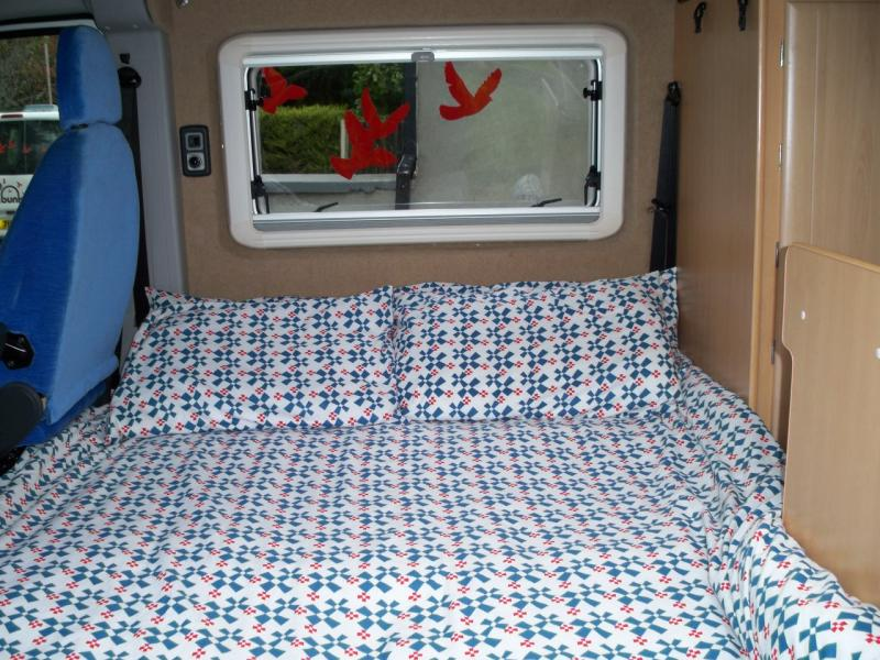 Image of: Awesome RV With Bunk Beds