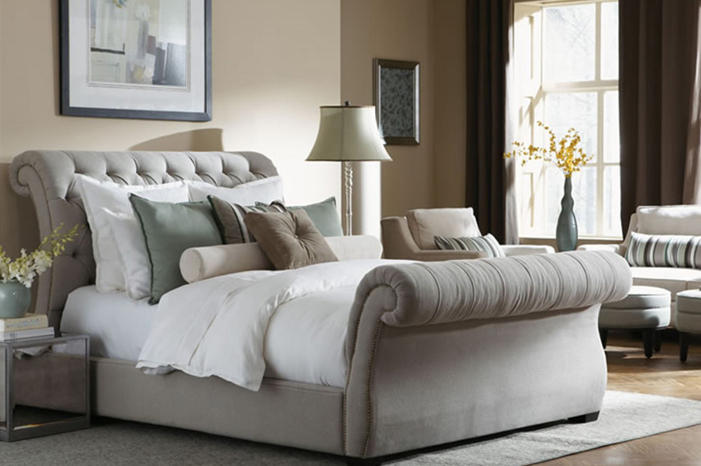 Image of: Best Upholstered King Bed