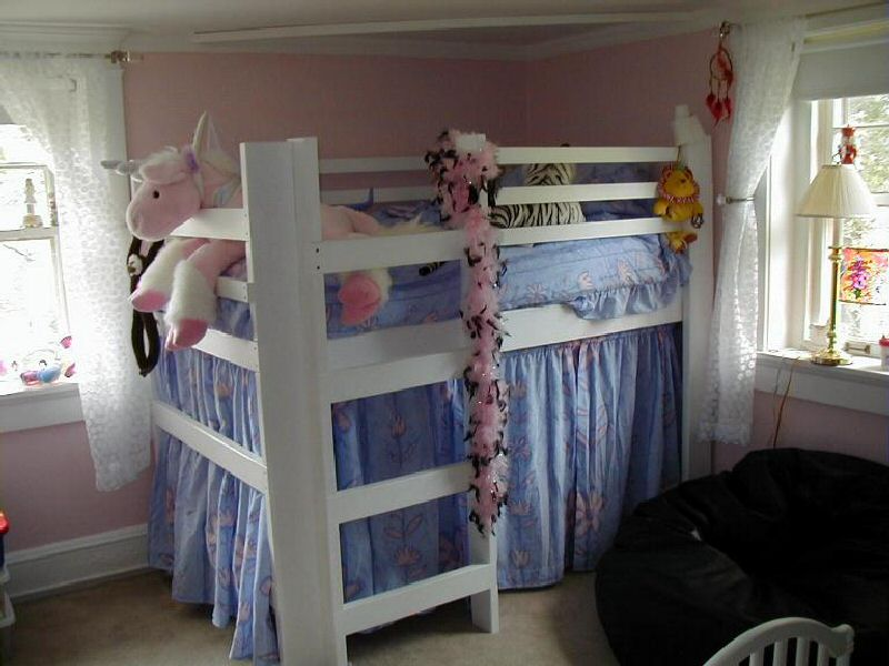 Image of: College Loft Bed High Rise