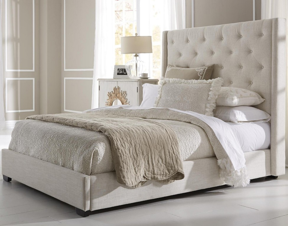 Image of: Contemporary Upholstered King Bed