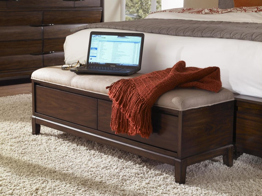 Image of: End Of Bed Storage Bench