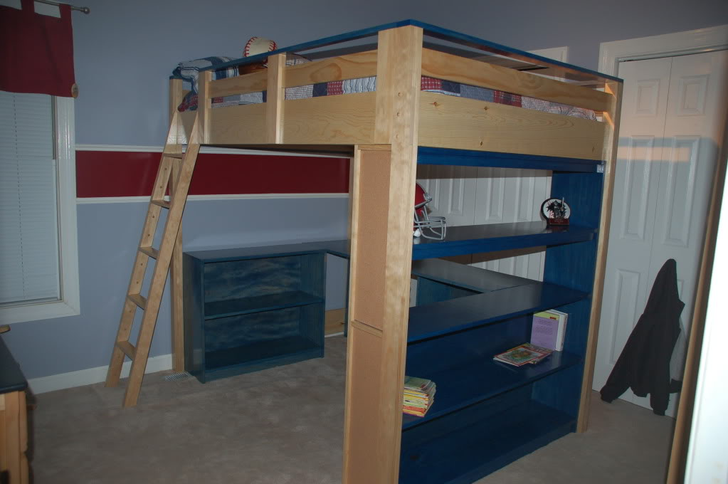 Image of: Lofted Full Bed Ideas