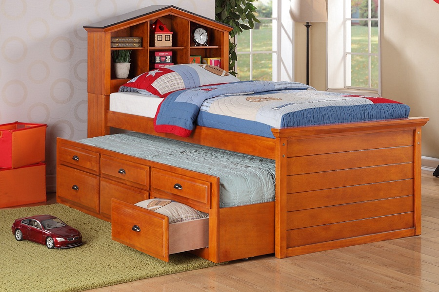 Image of: Oak Solid Wood Twin Bed