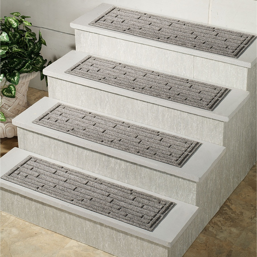Image of: Outdoor Stair Treads Carpet