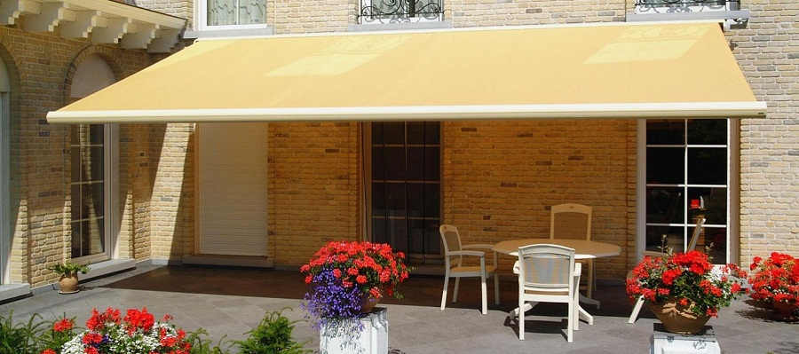 Image of: Patio Awnings Designs