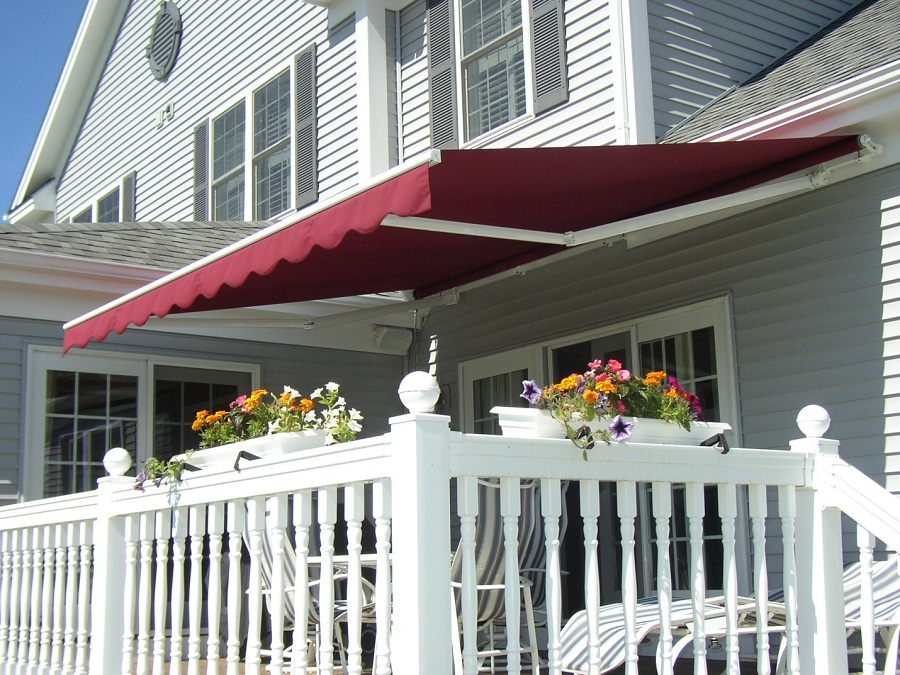 Image of: Patio Awnings Red
