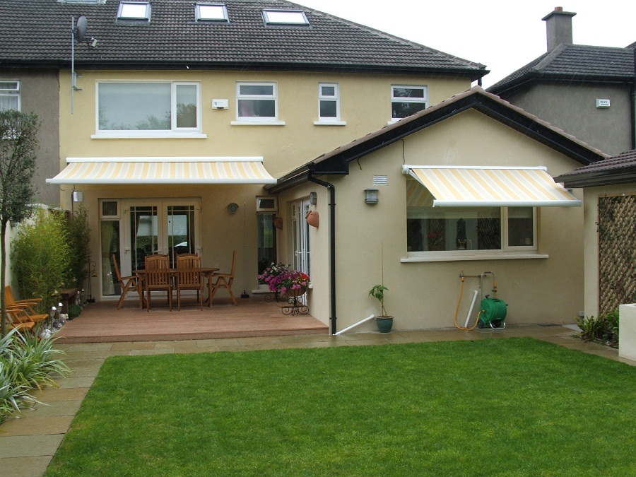 Image of: Patio Awnings Stripes