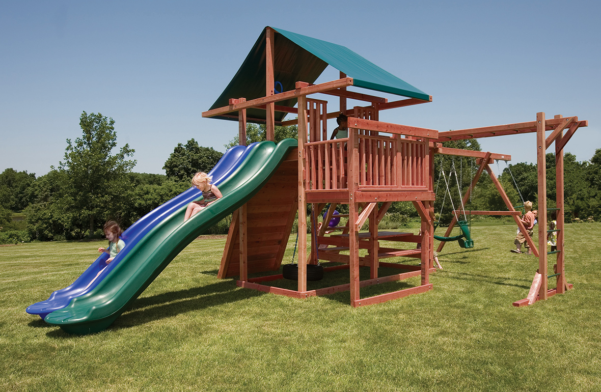 Image of: Small Outdoor Playsets