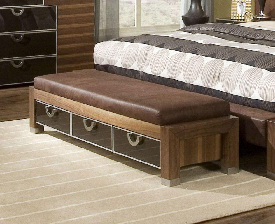 Image of: Top End Of Bed Storage Bench