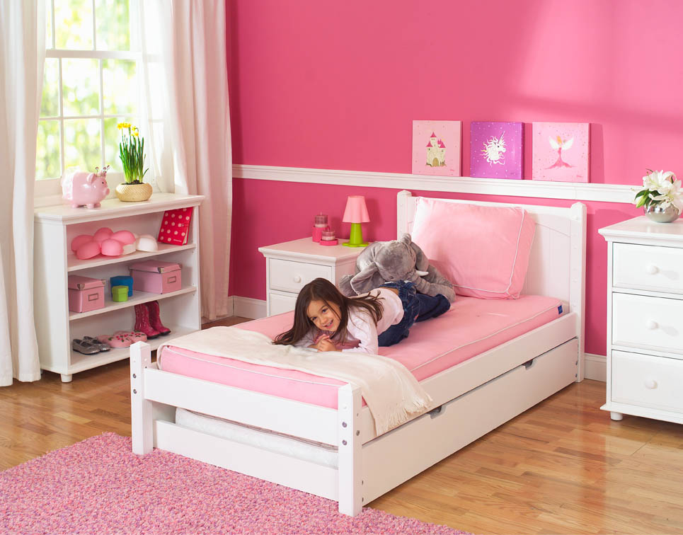 Image of: Twin Trundle Beds Pinky Girl
