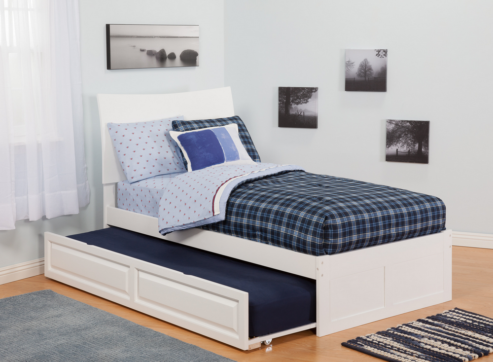 Image of: Twin Trundle Beds Strip Pattern