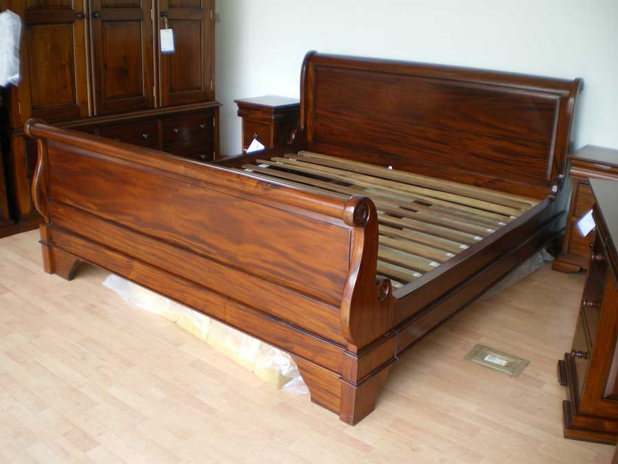 Image of: Twin Wood Bed Frame Classic