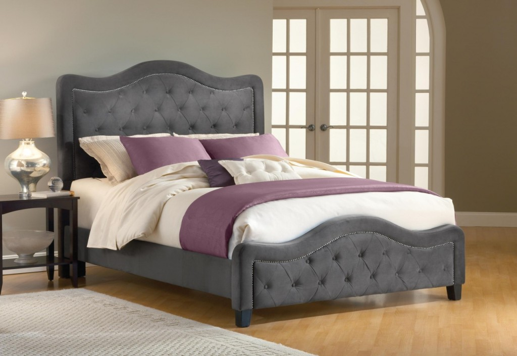 Image of: Upholstered King Bed Style