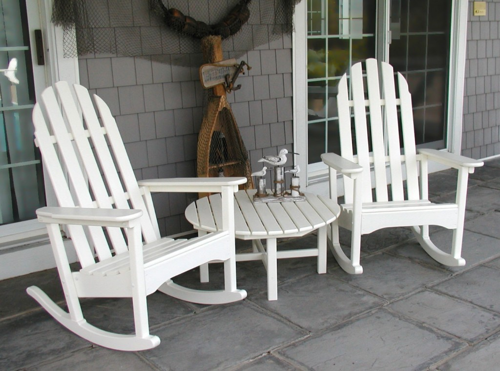 Image of: White Outdoor Rocking Chair