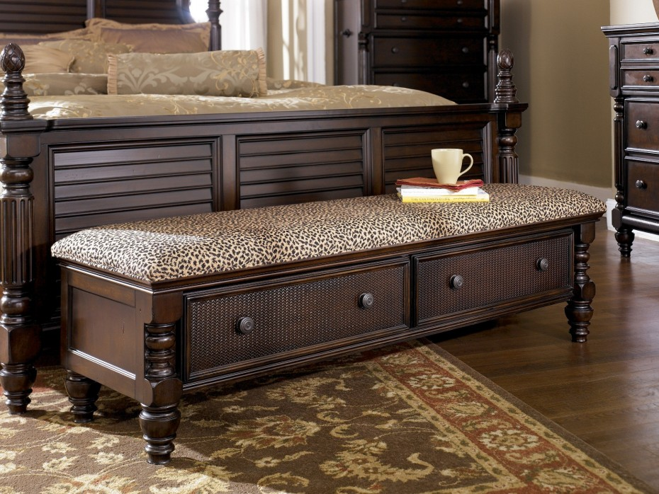 Image of: Wonderful End Of Bed Storage Bench