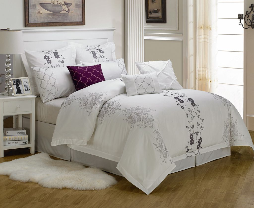 Image of: Bedding Sets Queen White