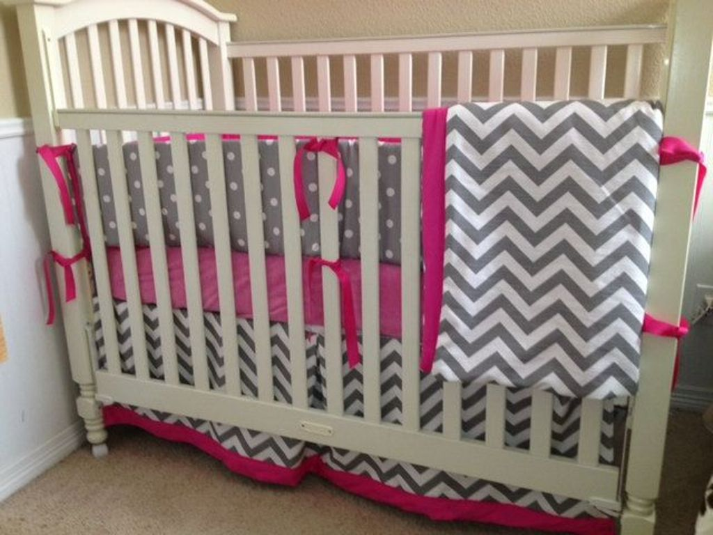 Image of: Chevron Baby Bedding Sets