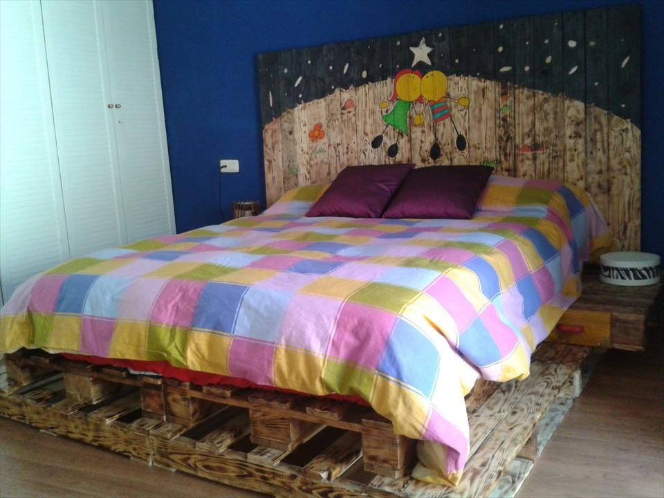 Creative Pallets Furniture Bed