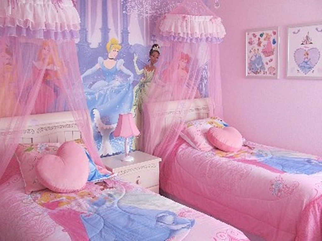 Image of: Disney Princess Bedroom Furniture for Girl