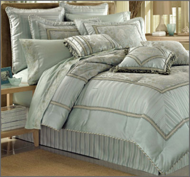 Image of: Dorm Room Bedding Sets Luxury