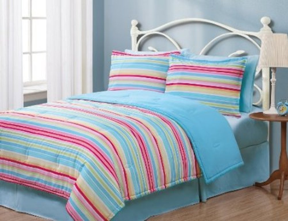 Image of: Girls Twin Bedding Ideas