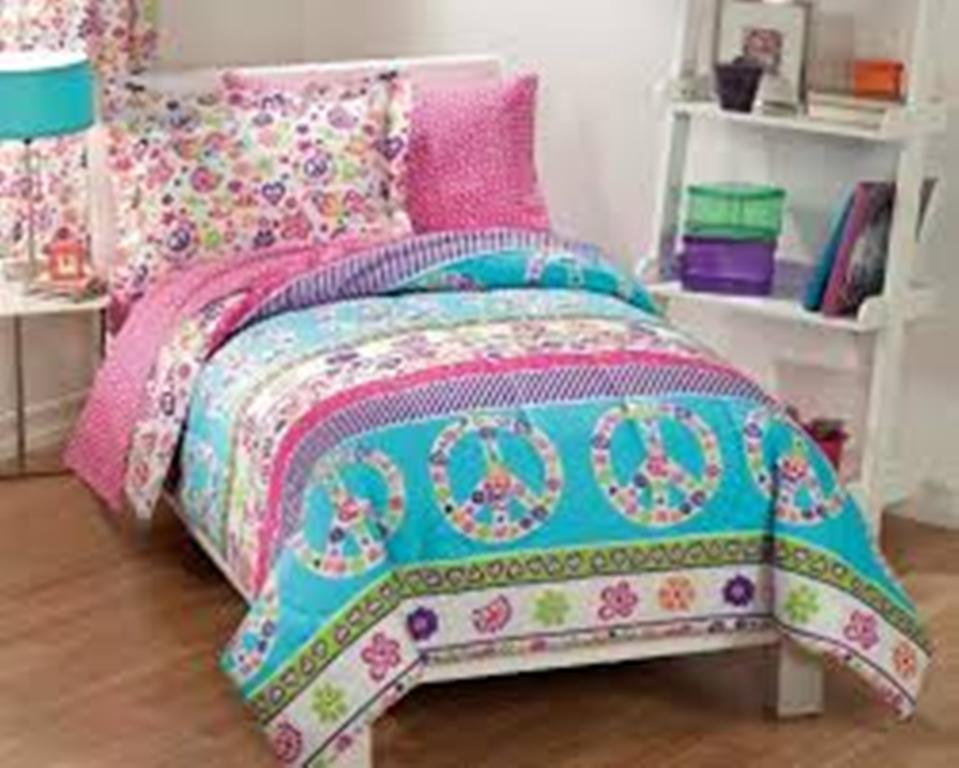 Image of: Girls Twin Bedding Purple