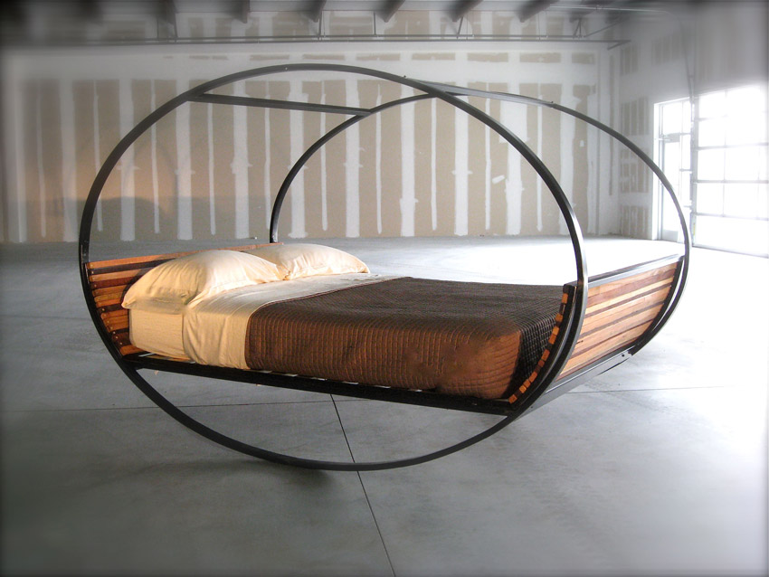 Image of: Metal Queen Bed Frame Unique