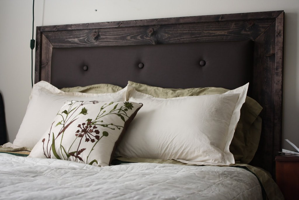 Image of: Padded Headboards for Twin Beds