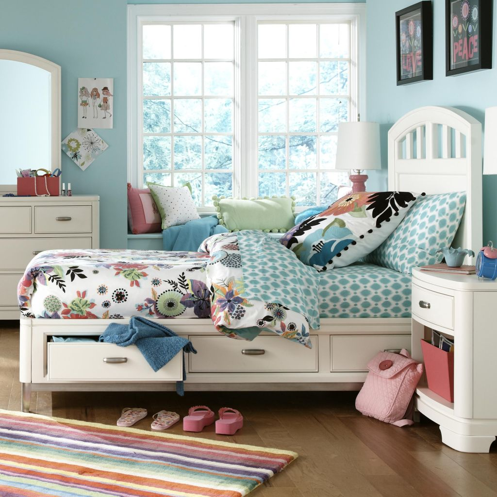 Image of: Twin Platform Bed with Storage Luxury