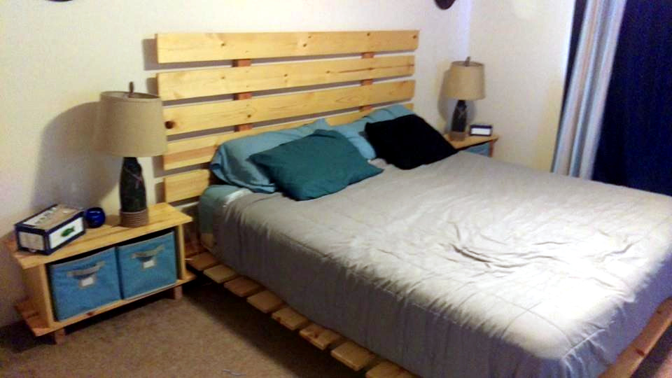 Wooden Pallet Furniture Bed