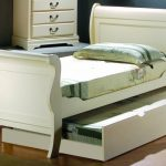 Beauty Twin Sleigh Bed