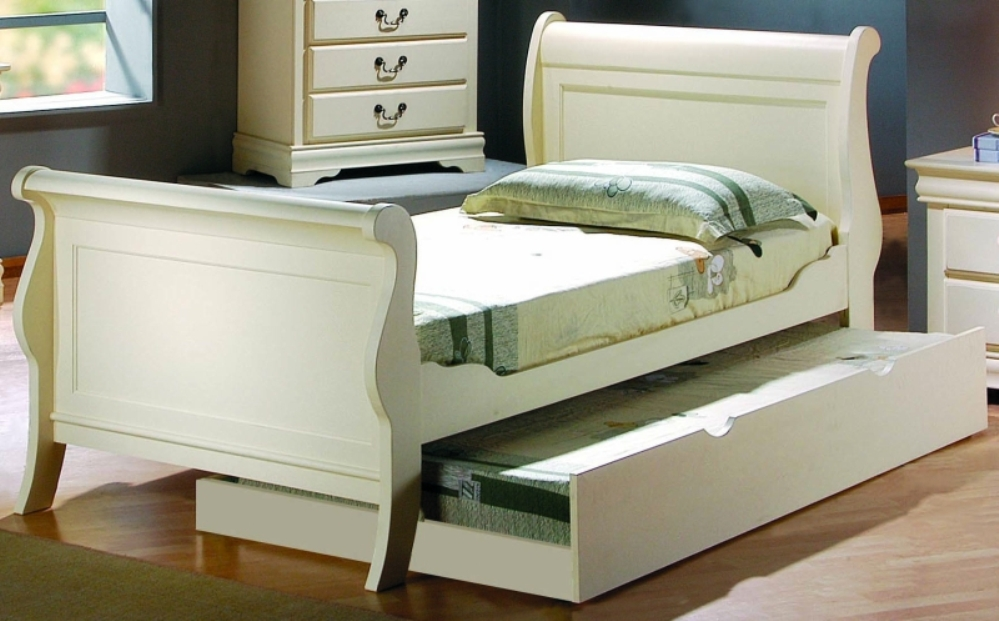 Image of: Beauty Twin Sleigh Bed