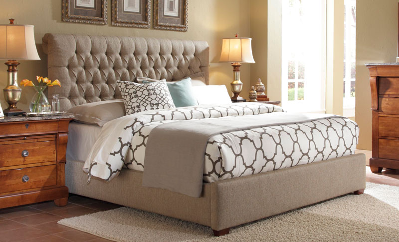 Image of: Cozy Tufted King Bed