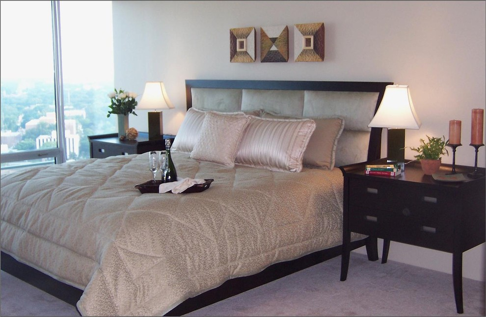 Image of: Cozy Upholstered Beds King