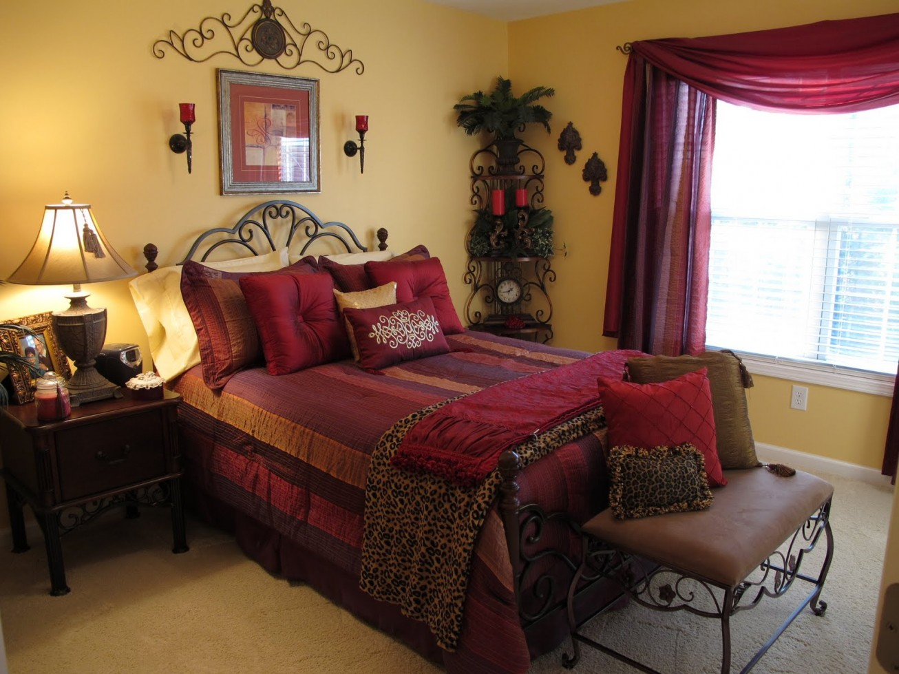 Image of: Cute Cheetah Bedroom Ideas