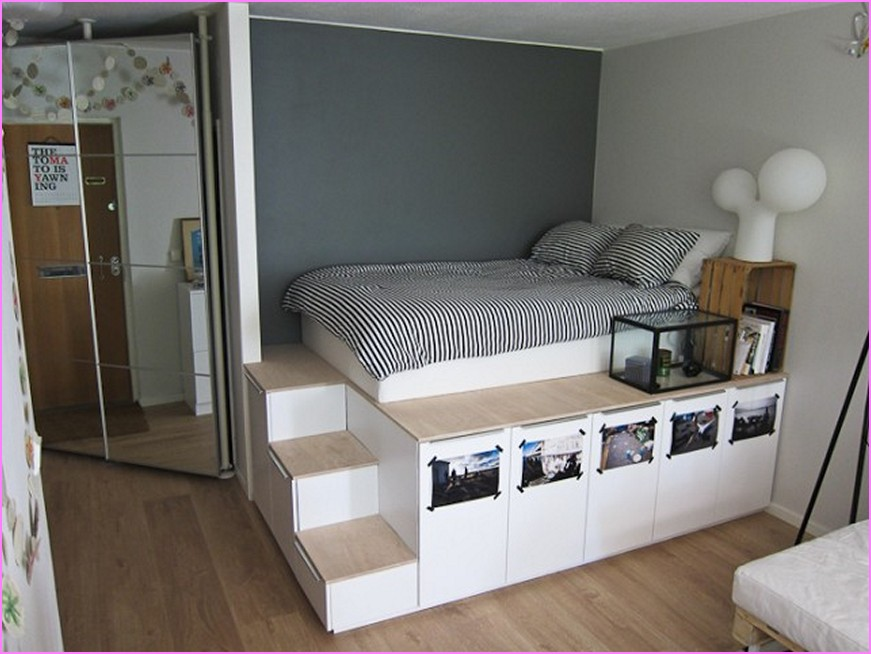 DIY King Size Bed with Drawers
