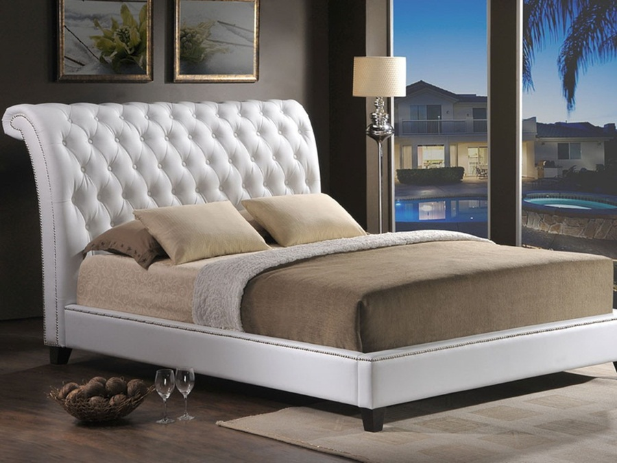 Image of: Elegant King Size Upholstered Bed