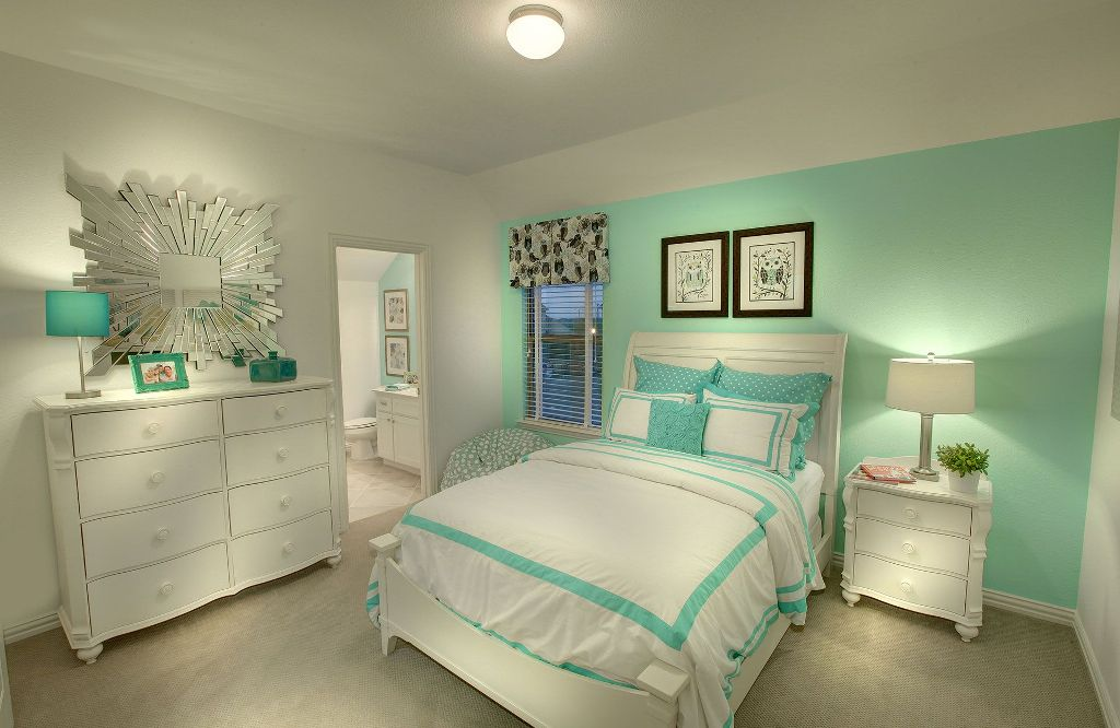 Image of: Ideas For A Mint Green Bedroom