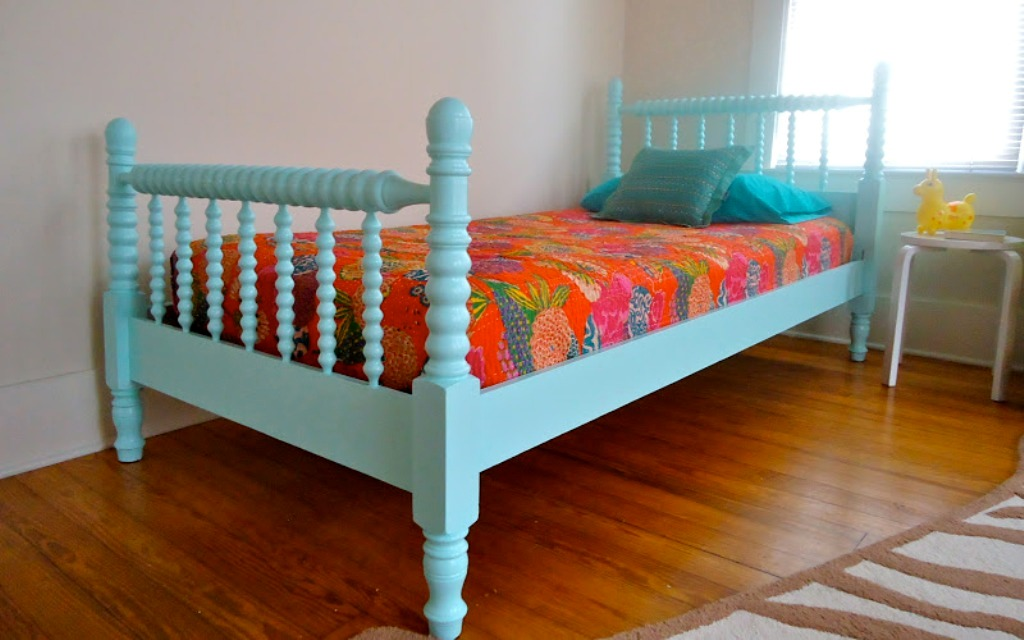 Image of: Jenny Lind Twin Bed Headboard