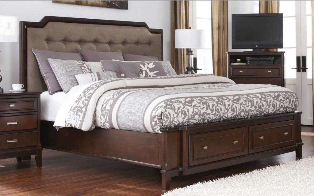 Image of: King Size Bed Frame with Headboard Ideas