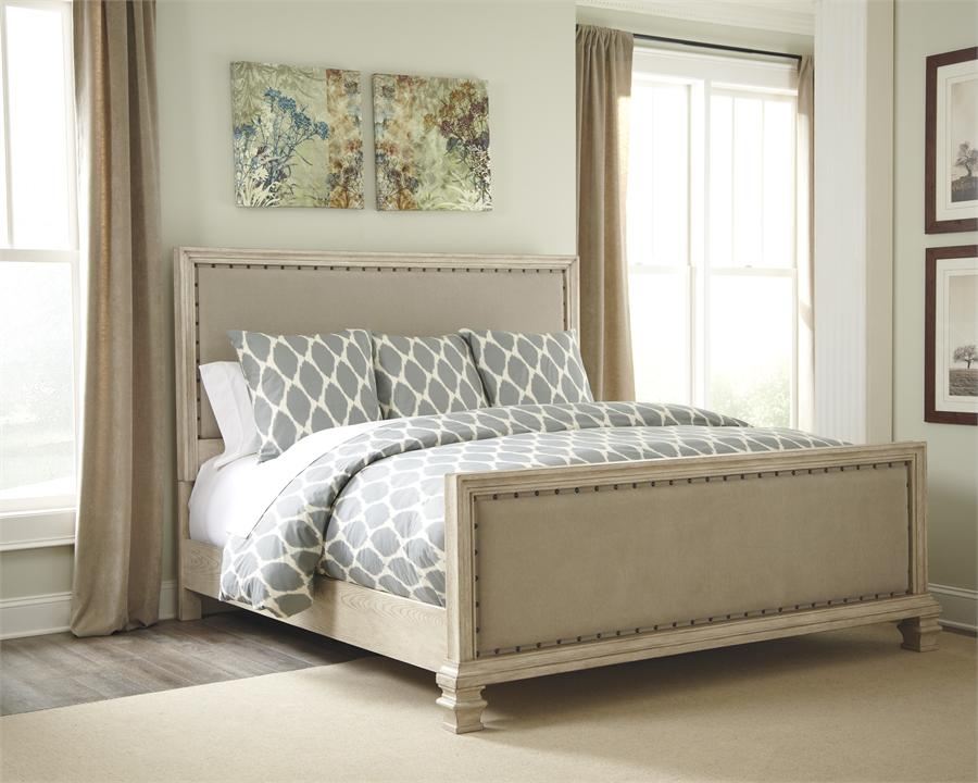 Image of: King Size Upholstered Bed Images